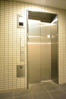 グランジュール明大前 エレベーター