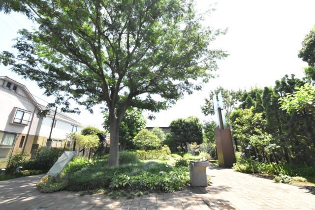 五反田周辺 ねむの木の庭