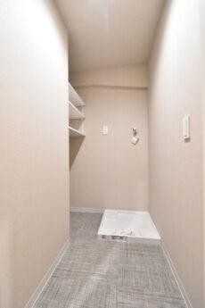麻布狸穴ナショナルコート 洗濯機スペース